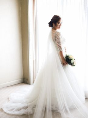 Bridal Gown by Bride House Philippines | Bridal Bouquet by Dangwa Florist | Philippine Weddings
