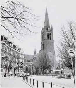 I used to see this tower from my window as a child. Always wondered which church it belonged to. Turns out it was the Sint-Bonifatiuskerk. It was torn down in 1984, four years after we moved away. It was situated at the Kastanjeplein in Amsterdam.