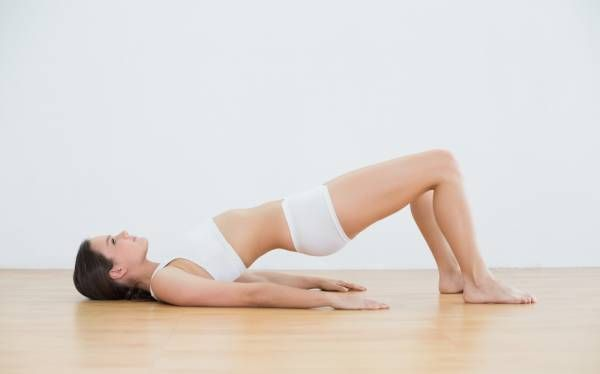 Diastasis recti makes training difficult. These safe workouts will rebuild your core safely.