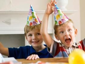 Spiele zum Geburtstag: So unterhalten Sie Ihre kleinen Gäste - Spiel & Spaß - Eltern.de