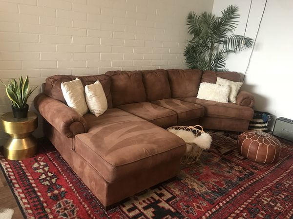 Brown Sectional Sofa Couch For Sale In Scottsdale Az In 2020