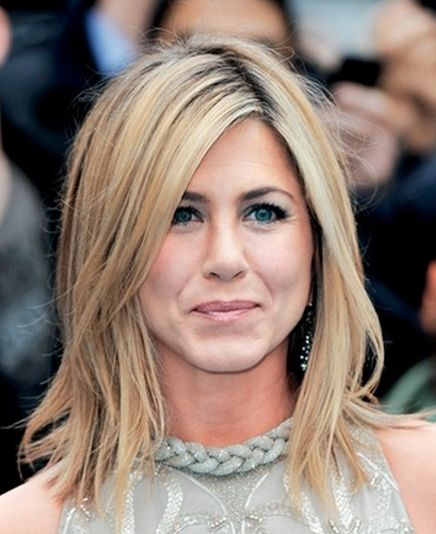 Jennifer Aniston Chops Her Hair Off Shear Excitement Pinterest