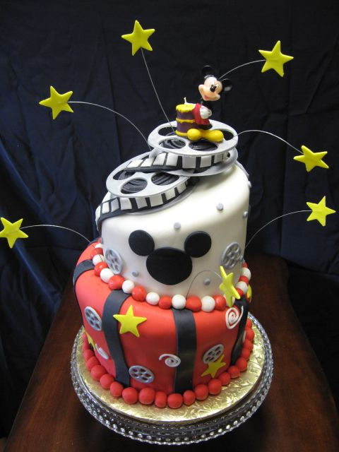 Mickey Mouse cake! Think I will have to make this one for my son's bday!