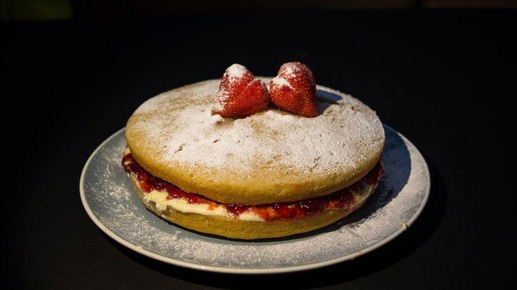 Recipe: Victoria Sandwich Cake (GF, DF, V)