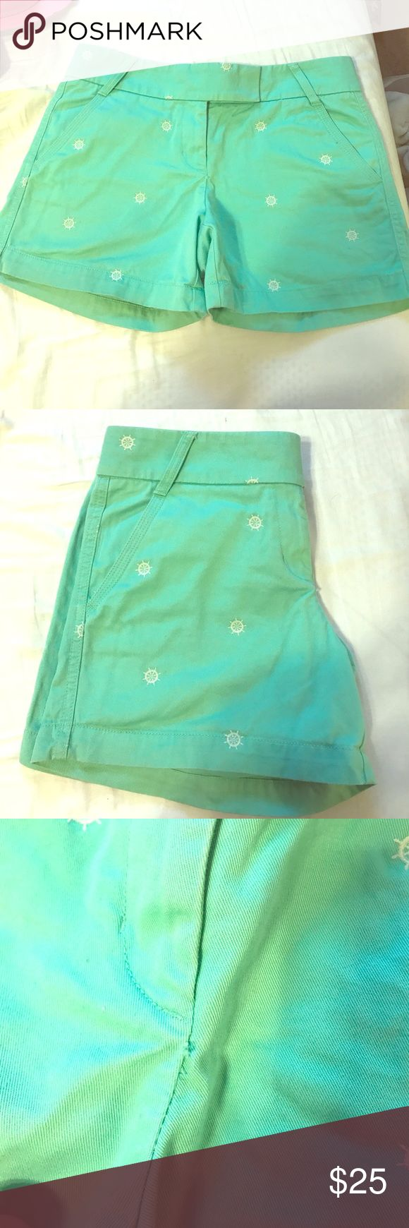 J Crew Mint Green Nautical Shorts These have an adorable nautical theme to them. Worn a handful of times, has slight loose thread near zipper, pictured above J. Crew Shorts