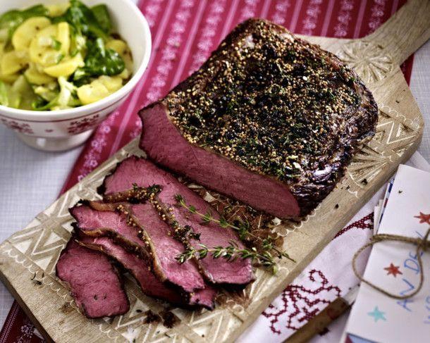 Roastbeef mit Pfefferkruste und Kartoffel-Gurken-Salat Rezept