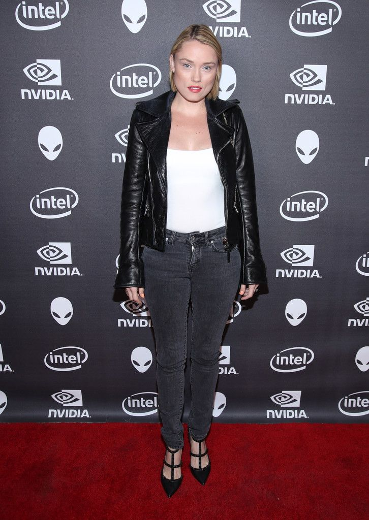 Clare Grant checks out the latest virtual reality and gaming technology at a VIP Alienware Party during E3, in partnership with NVIDIA and Intel, at the 3D Live Studio on June 13, 2016 in Los Angeles