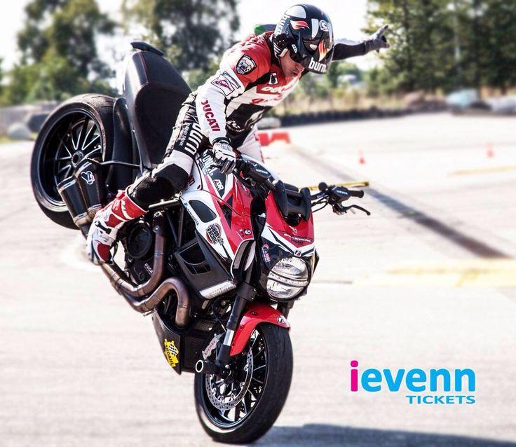 Emilio Zamora - Xtreme Show #Cordoba - #stunt #motor #bike #spain #ducati http://ievenn.com
