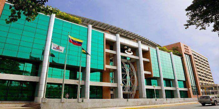 """Diosdado le pone el ojo a Banesco -  Diosdado Cabello planteó la posibilidad de nacionalizar Banesco, uno de los grandes bancos del país, a cuyo dueño acusó de querer comprar las acciones del Estado a precio de saldo, y aseguró que el presidente Nicolás Maduro está """"dispuesto"""" a comprar la entidad.   """"El Gobierno tiene el 2,34 % de... - https://notiespartano.com/2017/12/28/diosdado-le-pone-ojo-banesco/"""