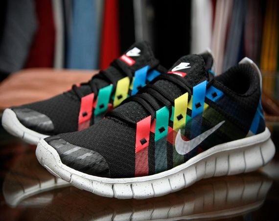 "NIKE FREE POWERLINES+ – ""OLYMPIC"" + ""GOLD MEDAL"""