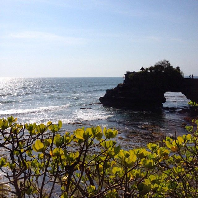 Sunday blessings @ Tanah Lot Temple. Iconosquare – Instagram webviewer