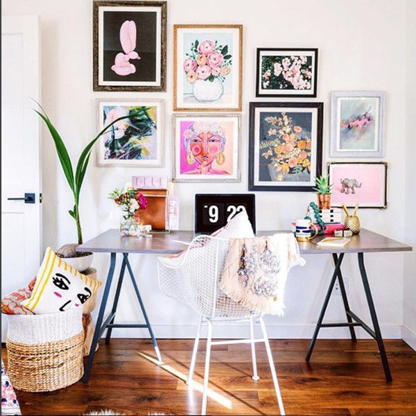 Make your wall a floral arrangement. @honestylywtf
