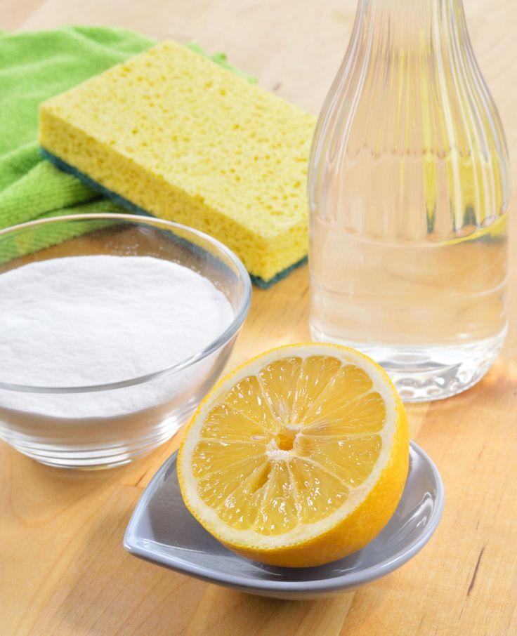 Wil je een schone magnetron? Het klusje is zo gepiept. Met deze tips maak je de magnetron blinkend schoon!   Flairathome.nl #FlairNL