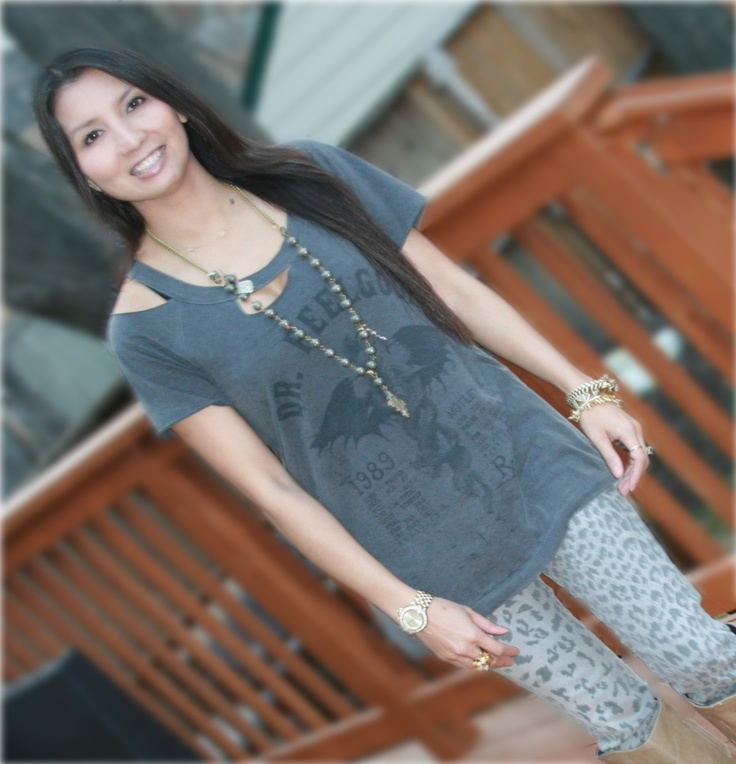 From the PS BANANAS #Minneapolis #fashionblog - #Chaser Dr. Feelgood t-shirt, #CurrentElliott #leopard #skinnyjeans