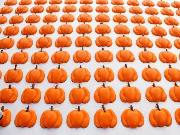 The Bearfoot Baker:  Pumpkin Royal Icing Transfers (Transfers For Small, Medium, Large & Extra Large Pumpkins)