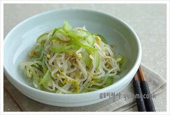 아삭한 오이 숙주나물 무침~ – 레시피 | Daum 요리