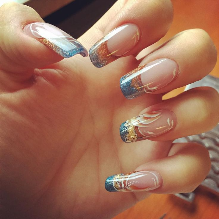 Fall is almost here...  Nails by Marieke Bronk - Van Der Zand, student Magnetic Nail Academy.