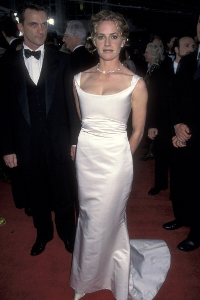 News Photo: Elisabeth Shue at the 68th Annual Academy Awards…