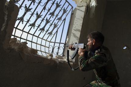 Siria acusa a rebeldes de disparar armas químicas