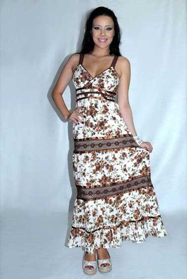 Publicidade Conheça 20 vestidos da moda feminina 2017 e eleja seus favoritos Estar na moda é o desejo de muitas mulheres que sempre acompanham as tendências para o ano que começa em desfiles, coleções de estilistas famosos e nas vitrines das lojas. Os vestidos são peças femininas que caem cada vez mais no gosto das …