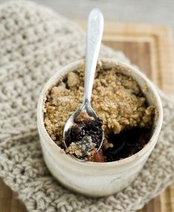 My Slimming World Fruit Crumble Recipe. #slimmingworldrecipes #slimmingworlddessertrecipe #slimmingworldblog