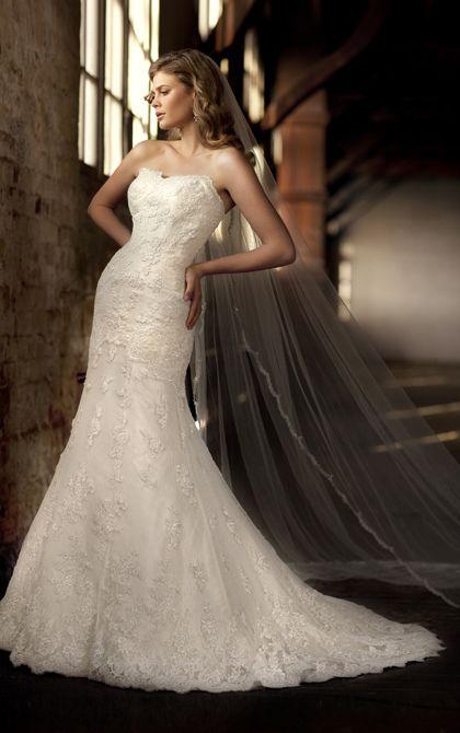 Elegant dropped waist wedding dress by Essense of Australia. (Style D1273)
