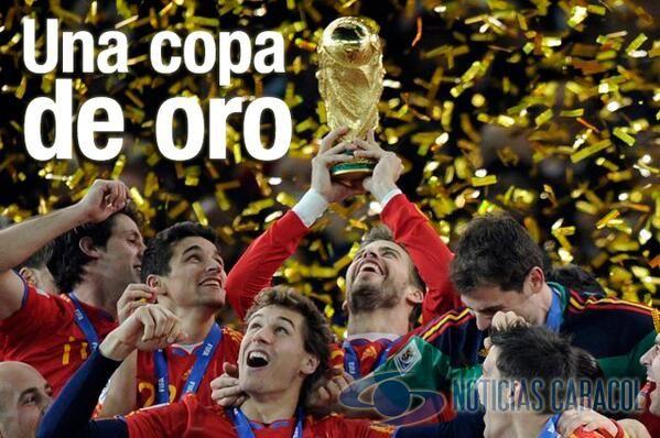 El próximo campeón del mundo recibirá 35 millones de dólares  Son un total de 358 millones de dólares en premios, que serán repartidos entre las 32 selecciones participantes, anunció hoy la FIFA.  http://www.golcaracol.com/futbol-internacional/informaciongeneralfutbol/articulo-281340-el-proximo-campeon-del-mundo-recibira-35-millones-de-dolares