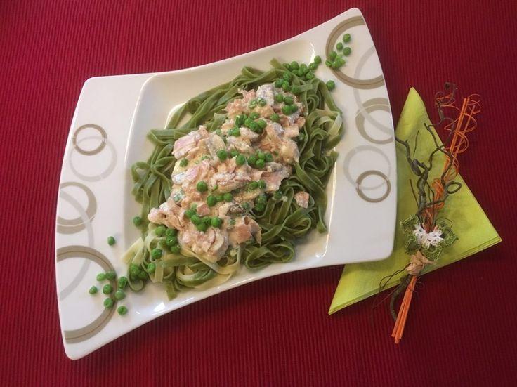 Tagliatelle mit Parmesansauce  Ein wunderbares, aber sehr gehaltvolles Nudelgericht, das wir aber auch im Sommer gerne essen!  Rezept findet ihr im Link!