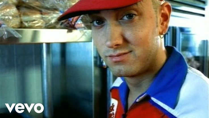 Music video by Eminem performing The Real Slim Shady. (C) 2000 Aftermath Entertainment/Interscope Records