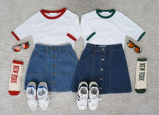 Korean Fashion Set- Twin Look   Outfit ideas for twinning with a friend                                                                  ...
