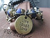 """Bracelet façon Shamballah """"Live laugh love"""""""
