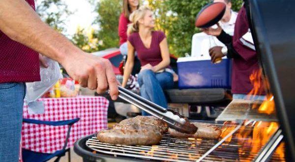 Consejos básicos para cocinar a la parrilla: Evite las enfermedades transmitidas por alimentos