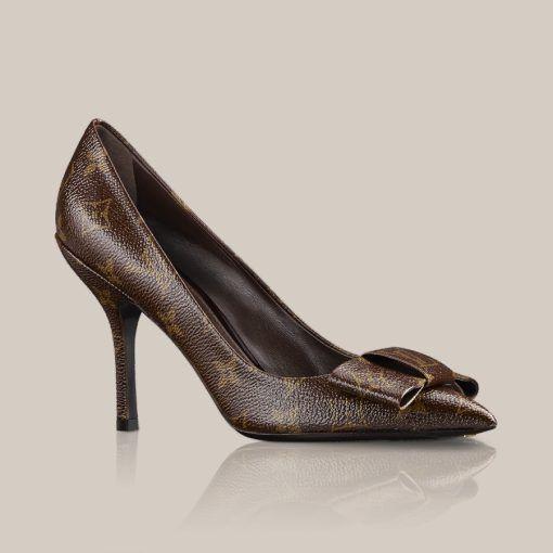 LOUISVUITTON.COM - Louise pump in patent Monogram Canvas Shoes