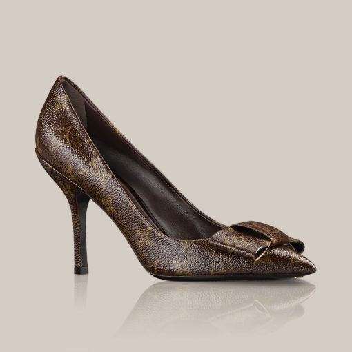 LOUISVUITTON.COM - Louise pump in patent Monogram Canvas Shoes