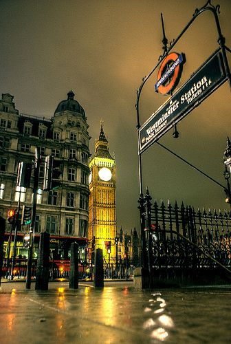An evening view of London's Westminster, includes the city's most iconic monument, Big Ben