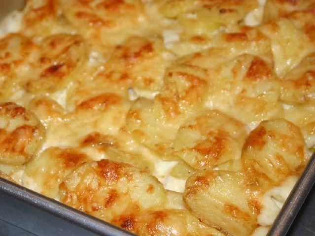 Patatas con crema y especias