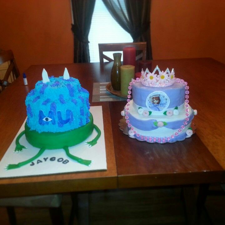 Cake Decor And More Kurse : 1000+ images about Our stuff on Pinterest Wilton cakes ...