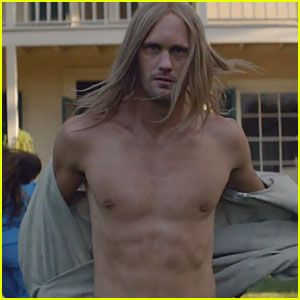 Alexander Skarsgard: Shirtless for Cut Copy's 'Free Your Mind'!  http://www.justjared.com/2013/10/11/alexander-skarsgard-shirtless-for-cut-copy-free-your-mind/