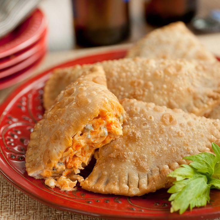 Allez+voir+cette+délicieuse+recette+de+Franks+RedHot+:+Empanadas+au+Poulet+à+la+Buffalo