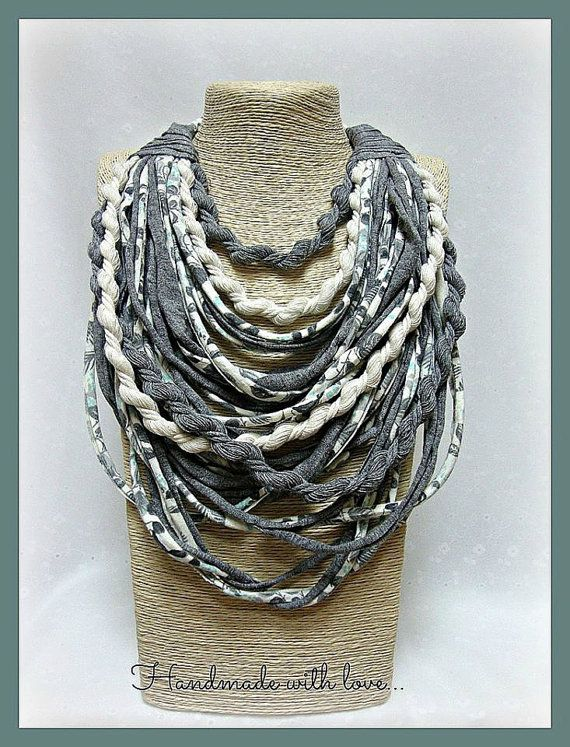 Pastels t-shirt yarn necklace scarf necklace by veniakriezia