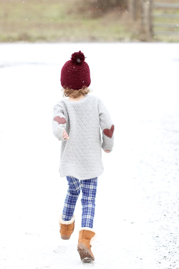 Snow Day + Mini Briar Sweater & Virginia Leggings Review - delia creates