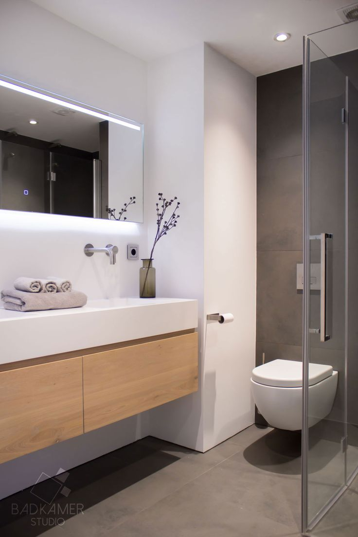 25 beste idee n over tegel spiegel op pinterest tegel spiegel kaders tegel rond spiegel en - Badkamer turkoois ...