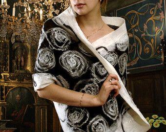 Rozen Gevilte omslagdoek nuno-vilten omslag sjaal spiraal patroon monochroom zwart-wit zijden Hedegaarden
