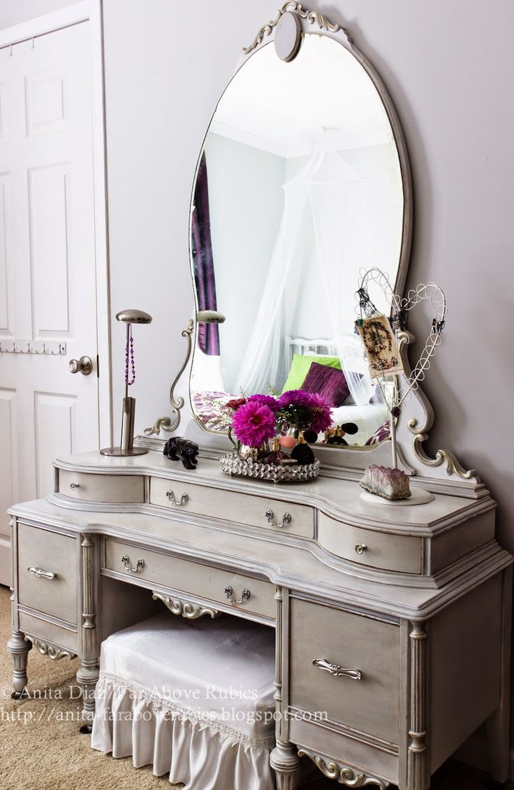 best 25 painted vanity ideas only on pinterest vintage vanity