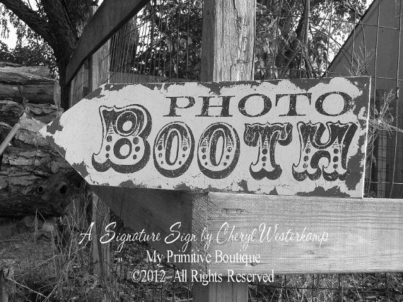 HanD PainteD PHOTO BOOTH ARROW, Point Left or Right, Vintage Wedding Sign, Romatic Weddings, Custom Wedding Sign. $44.00, via Etsy.