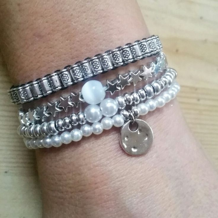 Pulsera beads perlas plateada