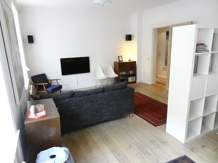 Enjoy #Copenhagen East. Very large and well kept 2 bedroom #Apartments modern kitchen with dining area and good bathroom.