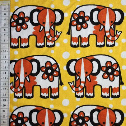 Sirkusnorskut - Circus Elephants -jersey, design by Outi Santaniemi