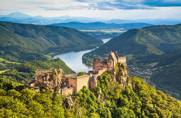 Vienna: Top rated day trips - hour's drive from Vienna, the beautiful Wachau Valley