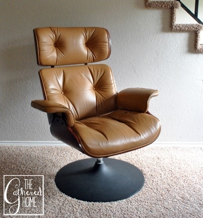 Found: Eames Style Lounge Chair with Tulip Base